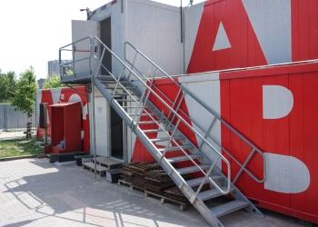 Containertrappor