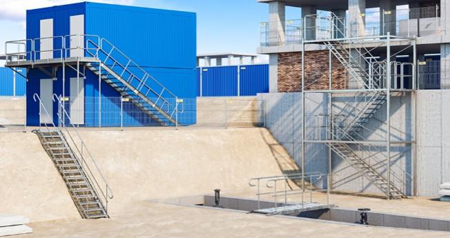 Modullösningar för tillfälliga trappor och trapphus som är lätta, snabba att montera och säkra. De utgör ett perfekt alternativ för provisoriska träkonstruktioner.